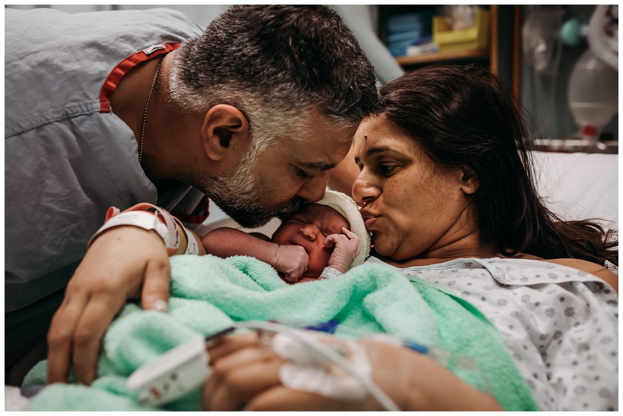 Peace Arch Hospital Birth Photographer White Rock British Columbia_0017.jpg