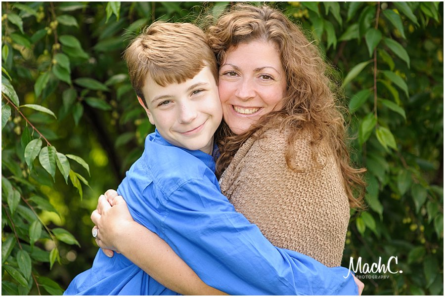 mom and son hugging - family portraits
