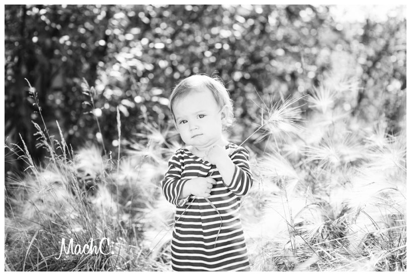 picture of 1 year old outdoor photoshoot
