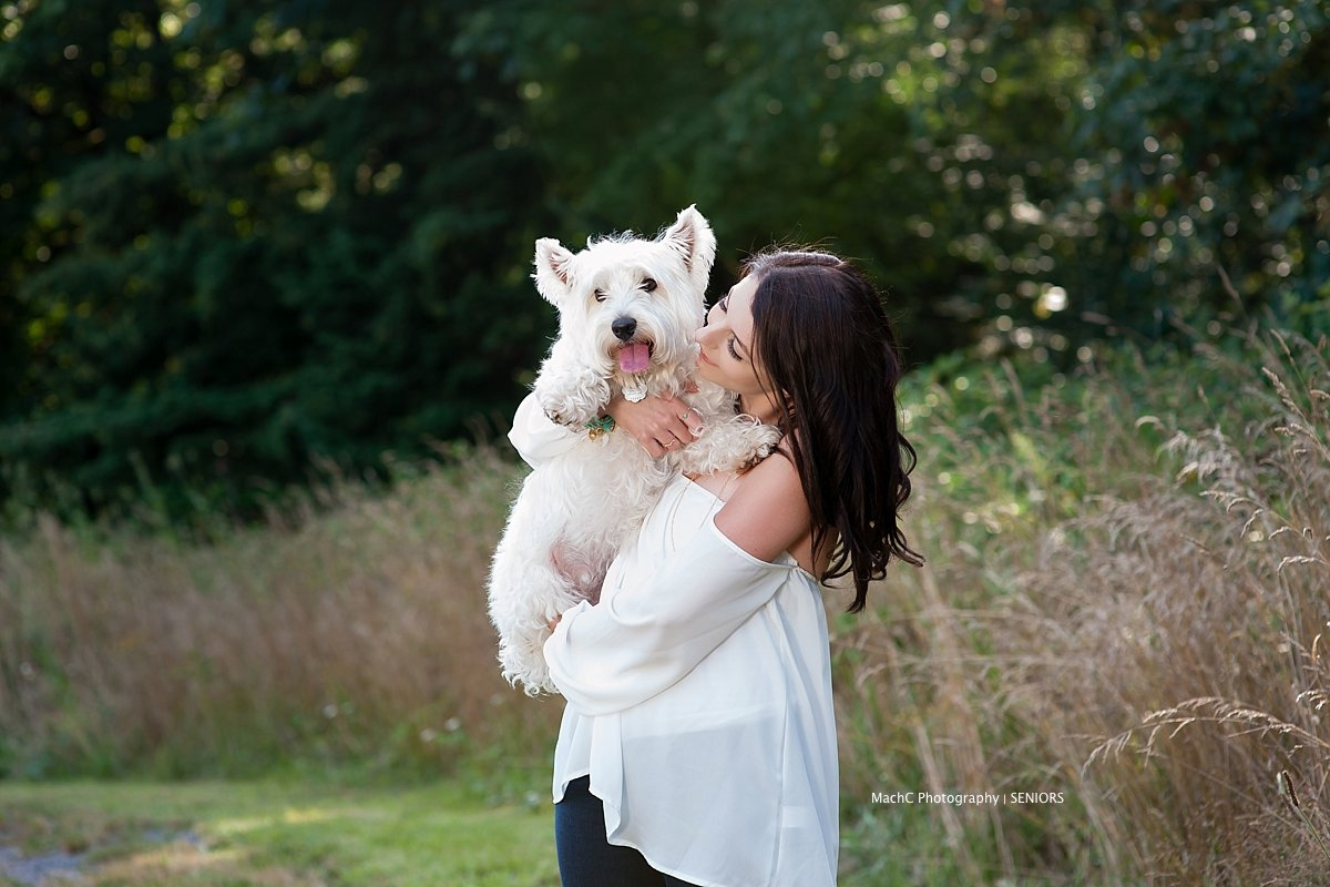 senior-with-dog-camas-senior-pics