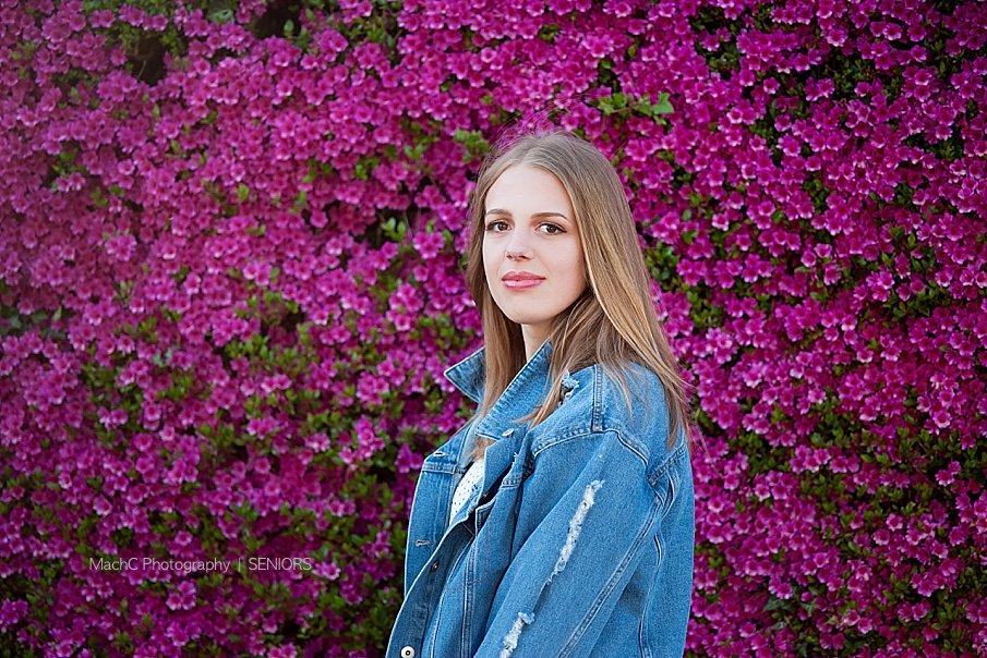 beautiful-pink-purple-flowers-with-high-school-senior-photography_Modern Camas Senior Photography.jpg