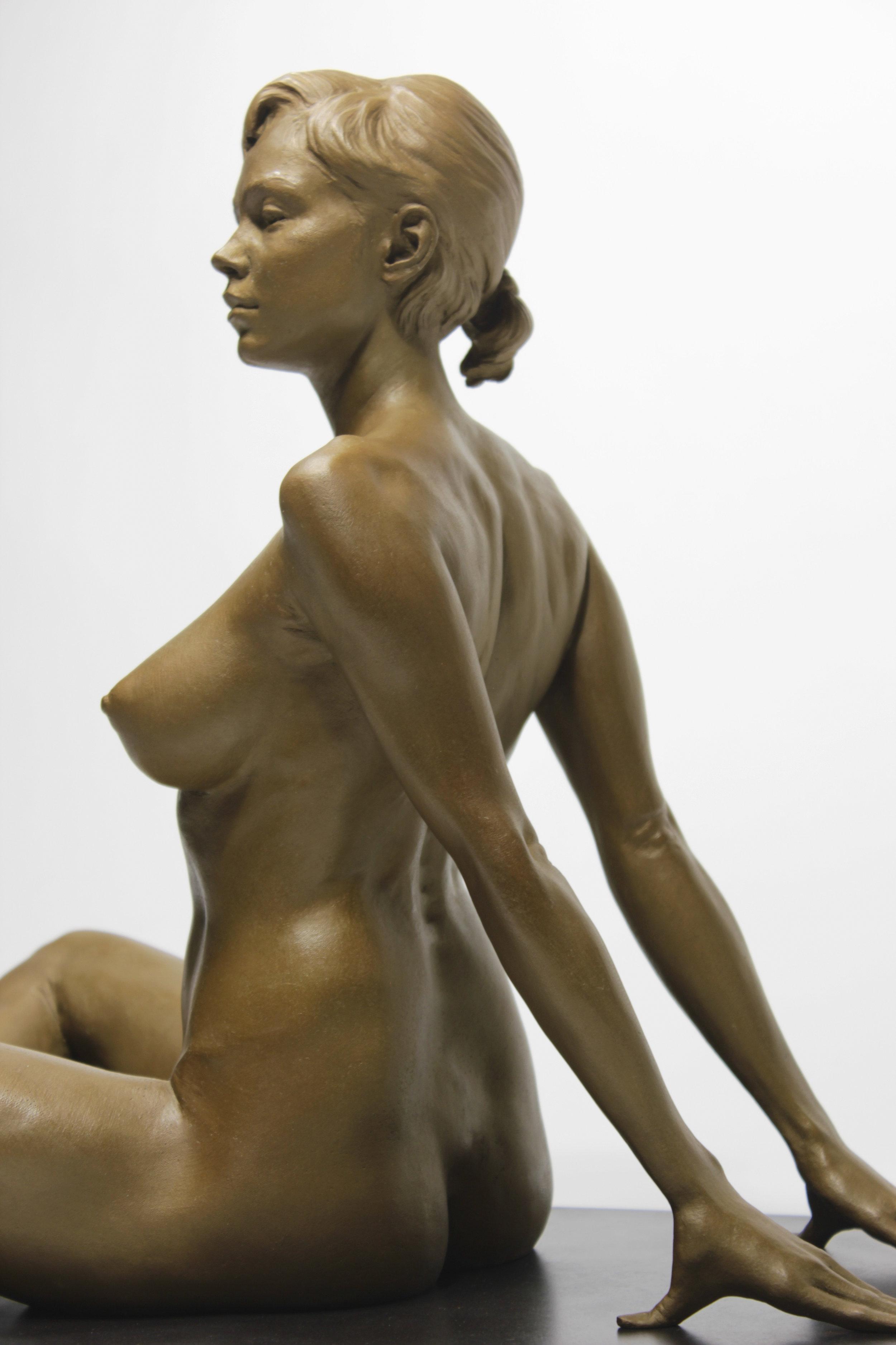 Kaitlyn (detail1).JPG