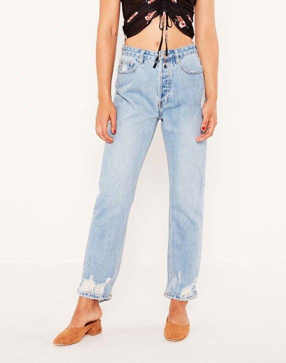 ripped-hem-straight-leg-jean-vintage-jagger-front-jd37011dnm.jpg
