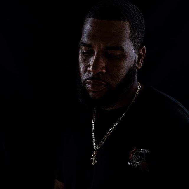 🖤💀 Never Better 📷 @faketrung * * * #rochesterakajuice #dreamsdonthavedeadlines #portrait #artist #rapper #yyz #tha6ix #tdot #thesix #hiphop #hiphopcanada #canada  #toronto #photoshoot #blackandwhite #shotoftheday #torontohiphop #publicfigure #neverbetter