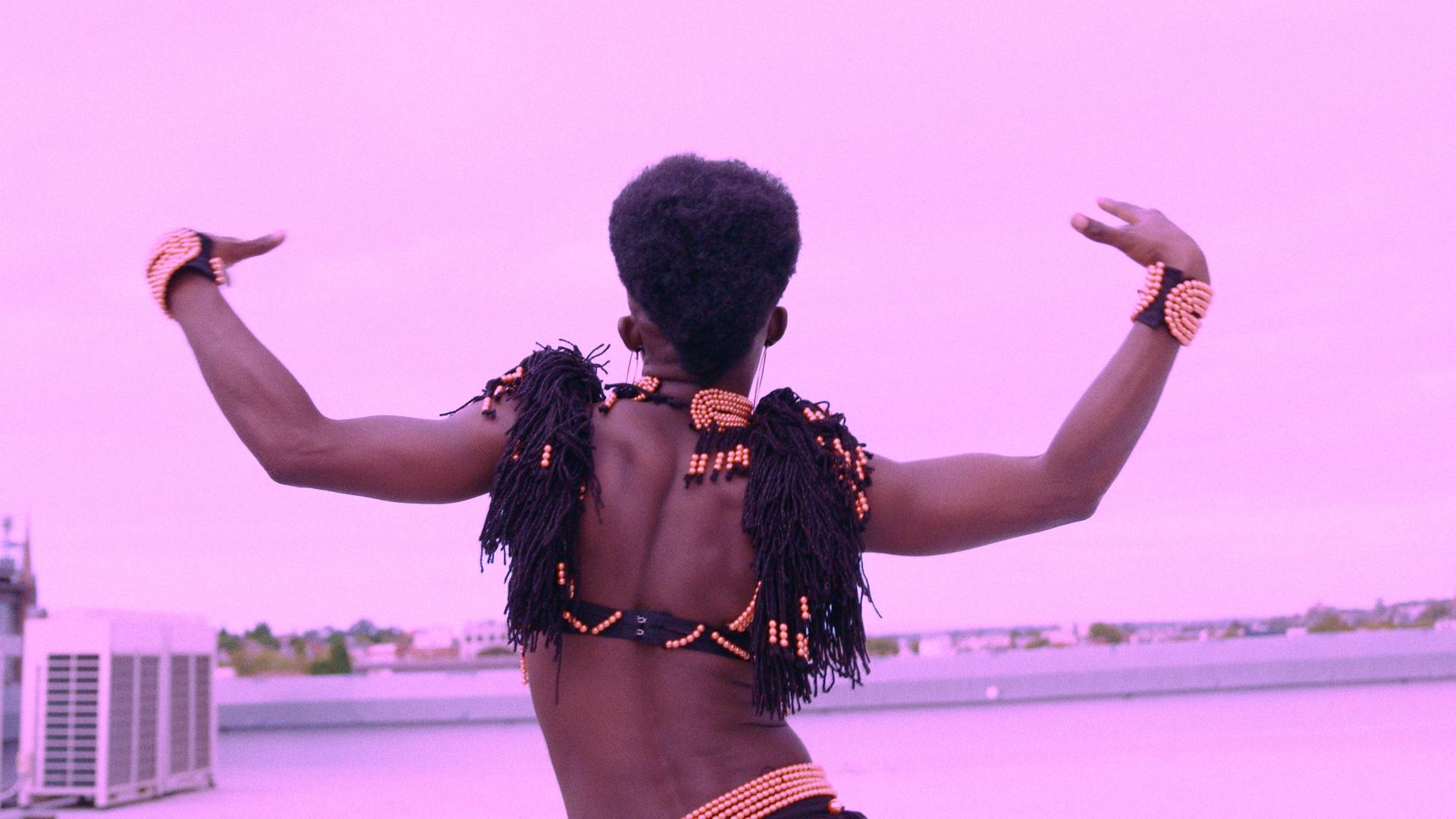 GRRRL - Wanna Dance.mov.00_03_11_22.Still006.jpg
