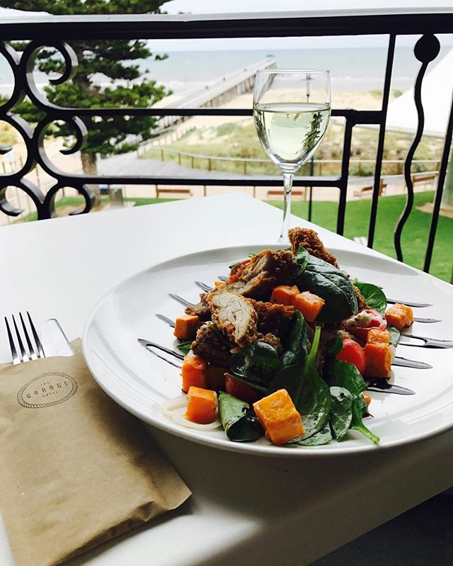 Have you tried our crispy chicken and roast pumpkin salad yet? It tastes even more delicious than it looks // Mixed with spinach, spanish onion, cherry tomatoes, goats chèvre with kiwi fruit dressing and balsamic reduction! #thegrangehotel #grange #hotel #beach #seaside #southaustralia #Adelaide #food #delicious #gourmet #yum #dine #wine #beer #chicken #pumpkin #salad #fresh #summer