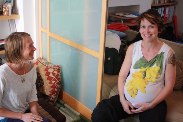 Keeping things light in early labour