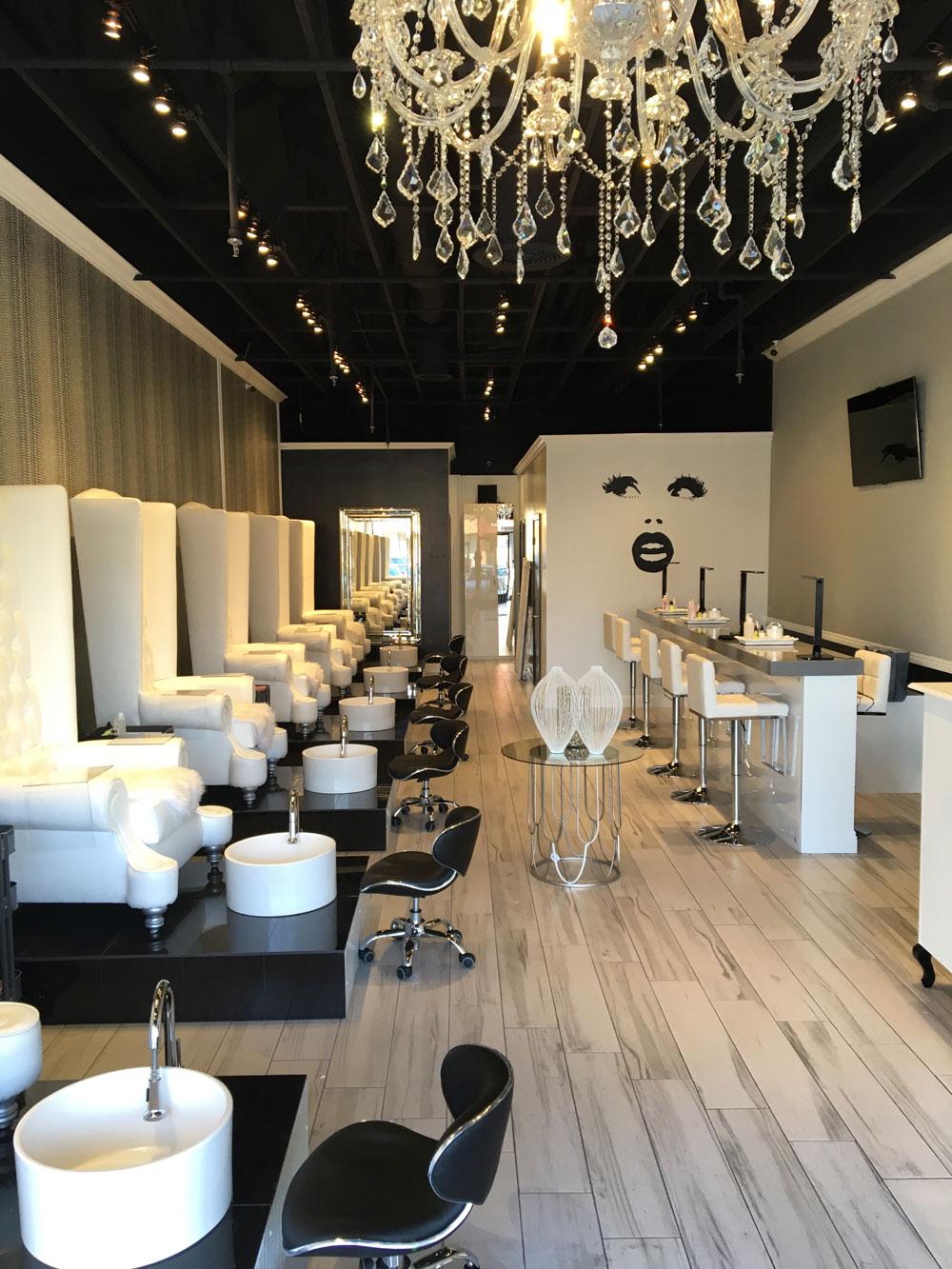 Full-Salon-.jpg