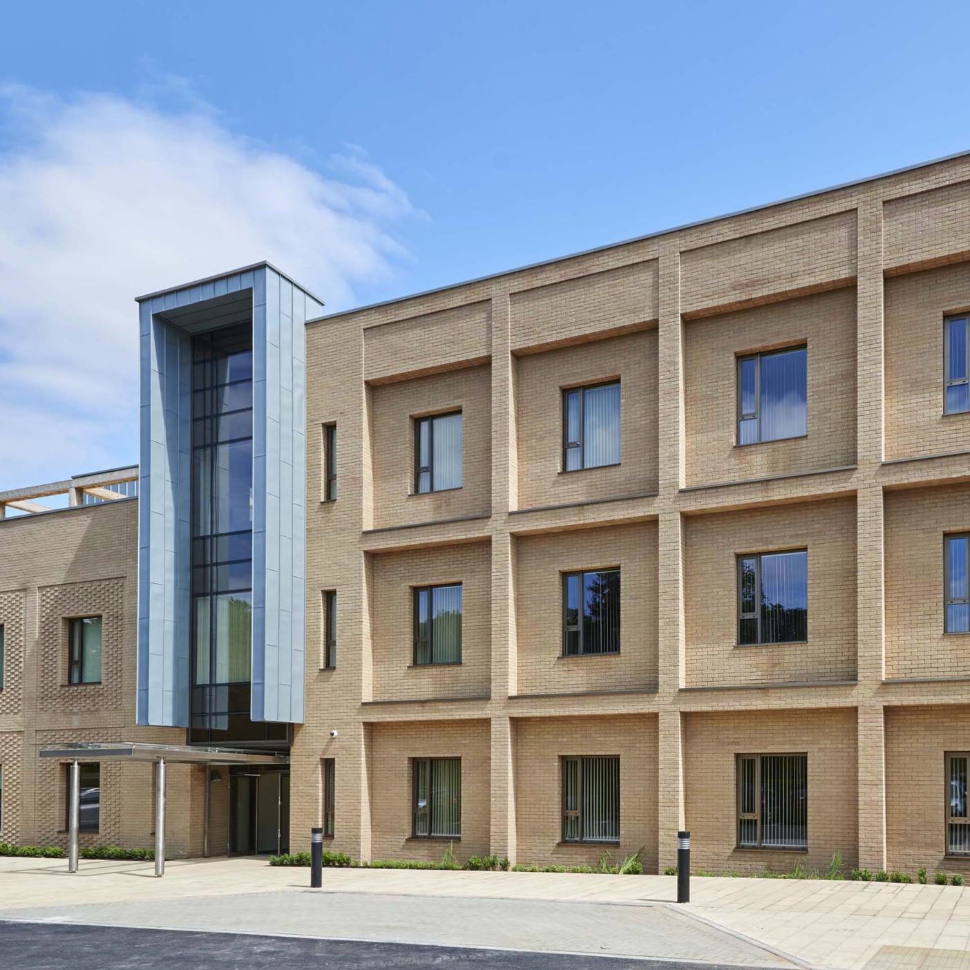 2.-Nuffield-Hospital-Cambridge-Exterior.jpg