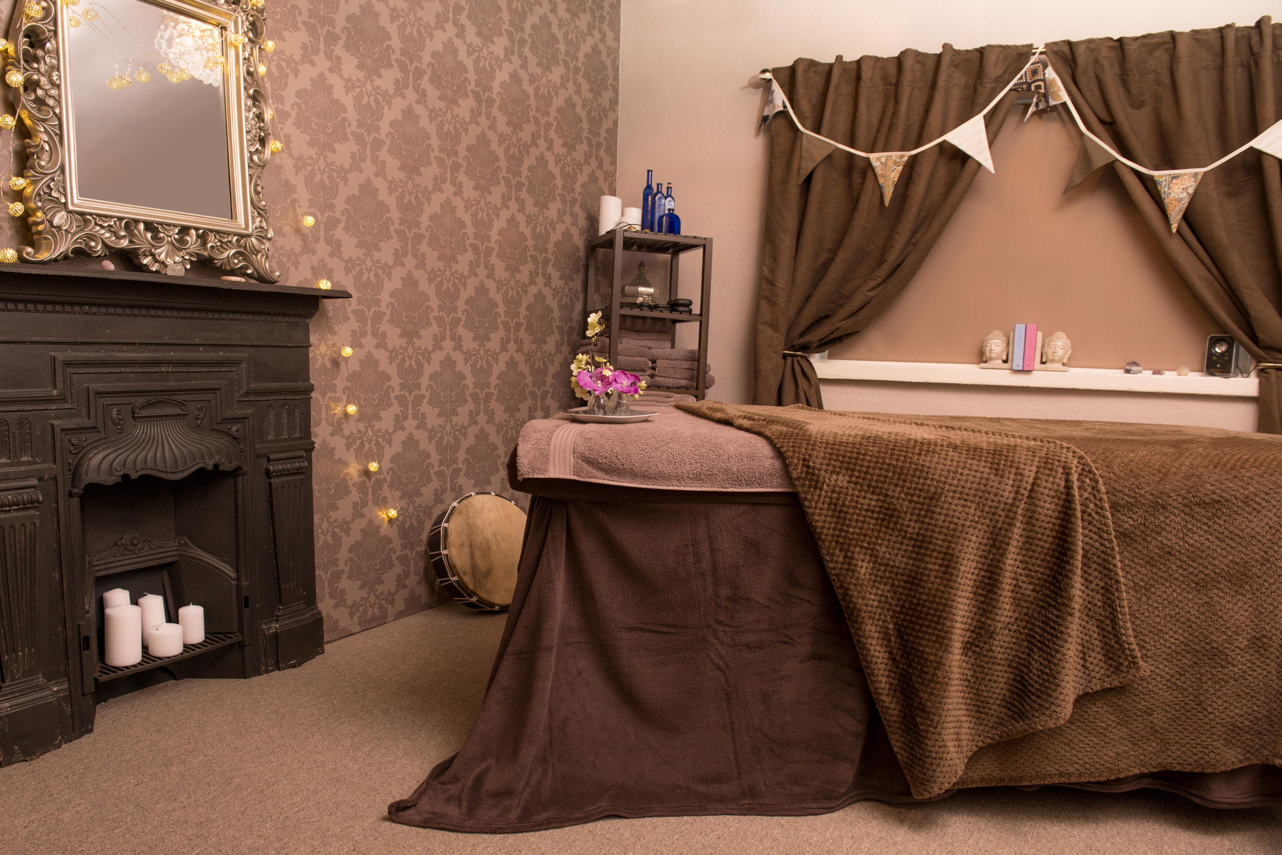 Treatments - I have aches and pains. I feel anxious and stressed. I need to take time out and look after myself moreInvest in your health and wellbeing with Massage, Reflexology, Energy Healing , Tarot & Guidance Card Reading, Facials, Meditation and Transformation Coaching