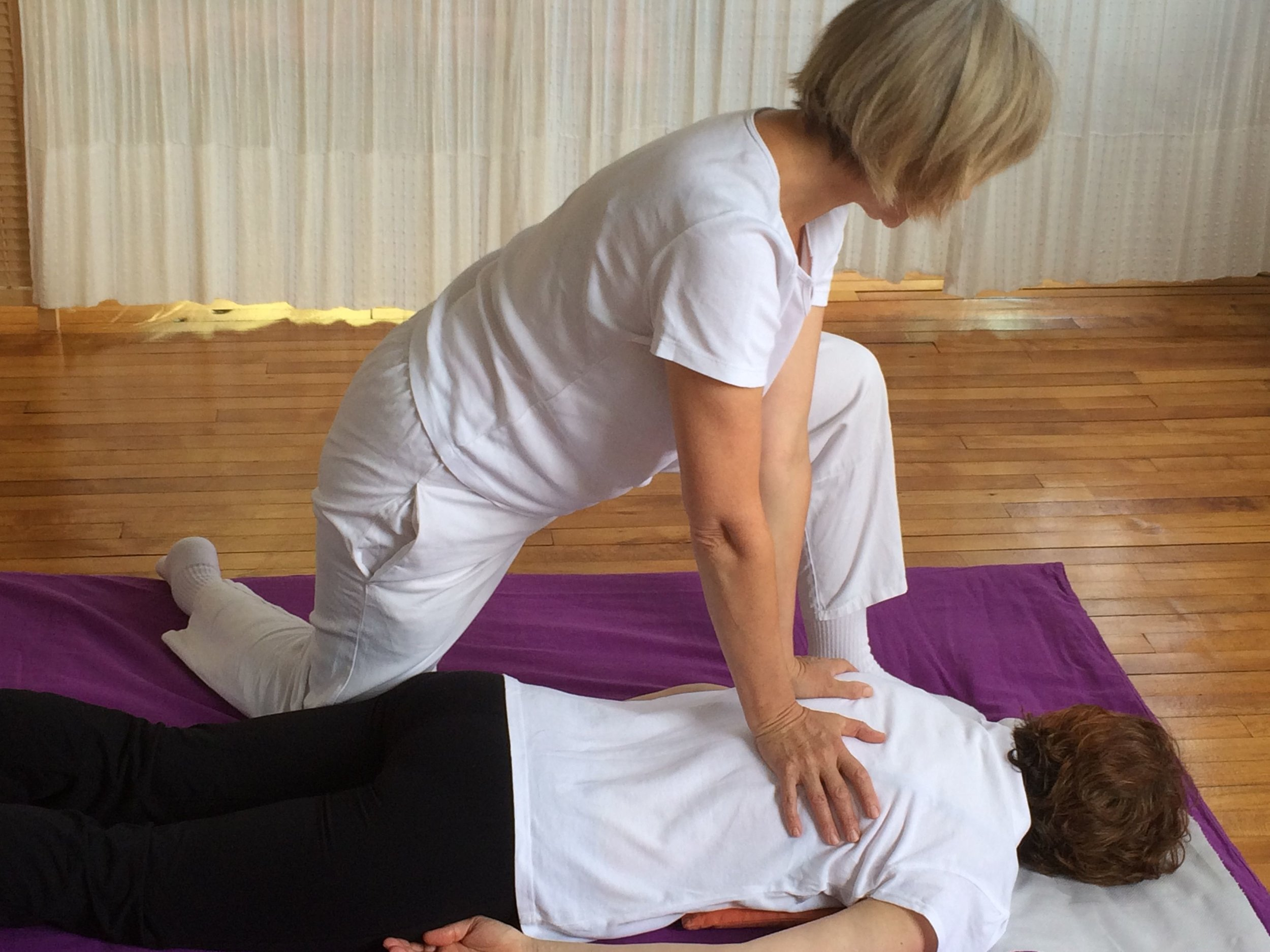 Shiatsu Massage at Haelan Therapy in Hitchin, Hertfordshire encourages your body's natural ability to repair, rebalance and integrate mind and body