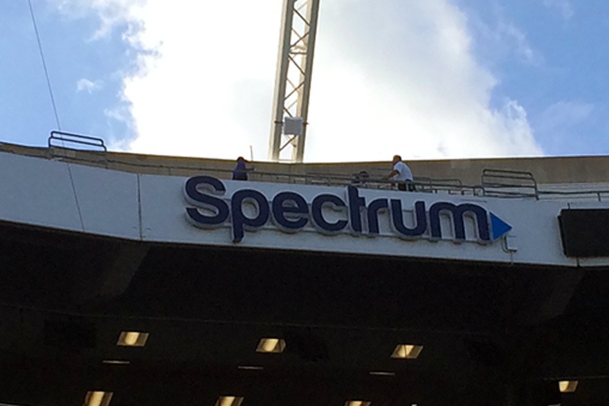 Spectrum_CampingWorld_Sign_880px1.png