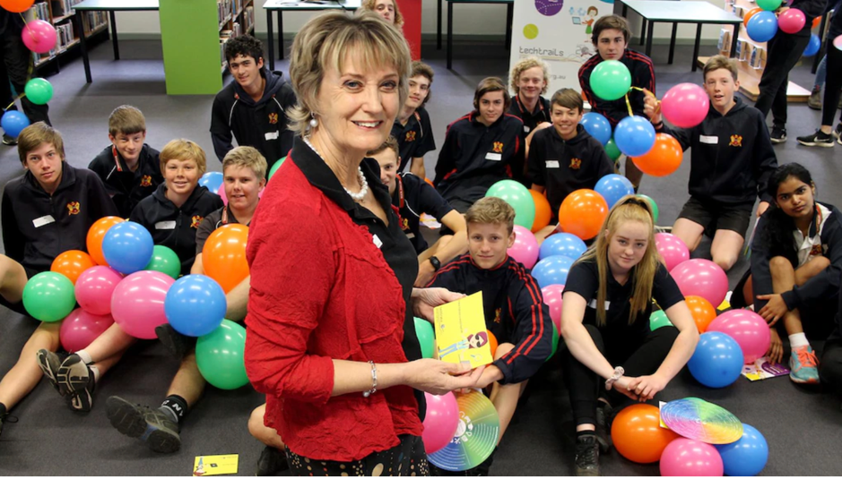 Photo courtesy of Manjimup - Bridgetown Times  Picture:  Tari Jeffers, Tari Jeffers Women in Technology speaker Kay Hargreaves talks to Manjimup Senior High School students about potential careers in technology.