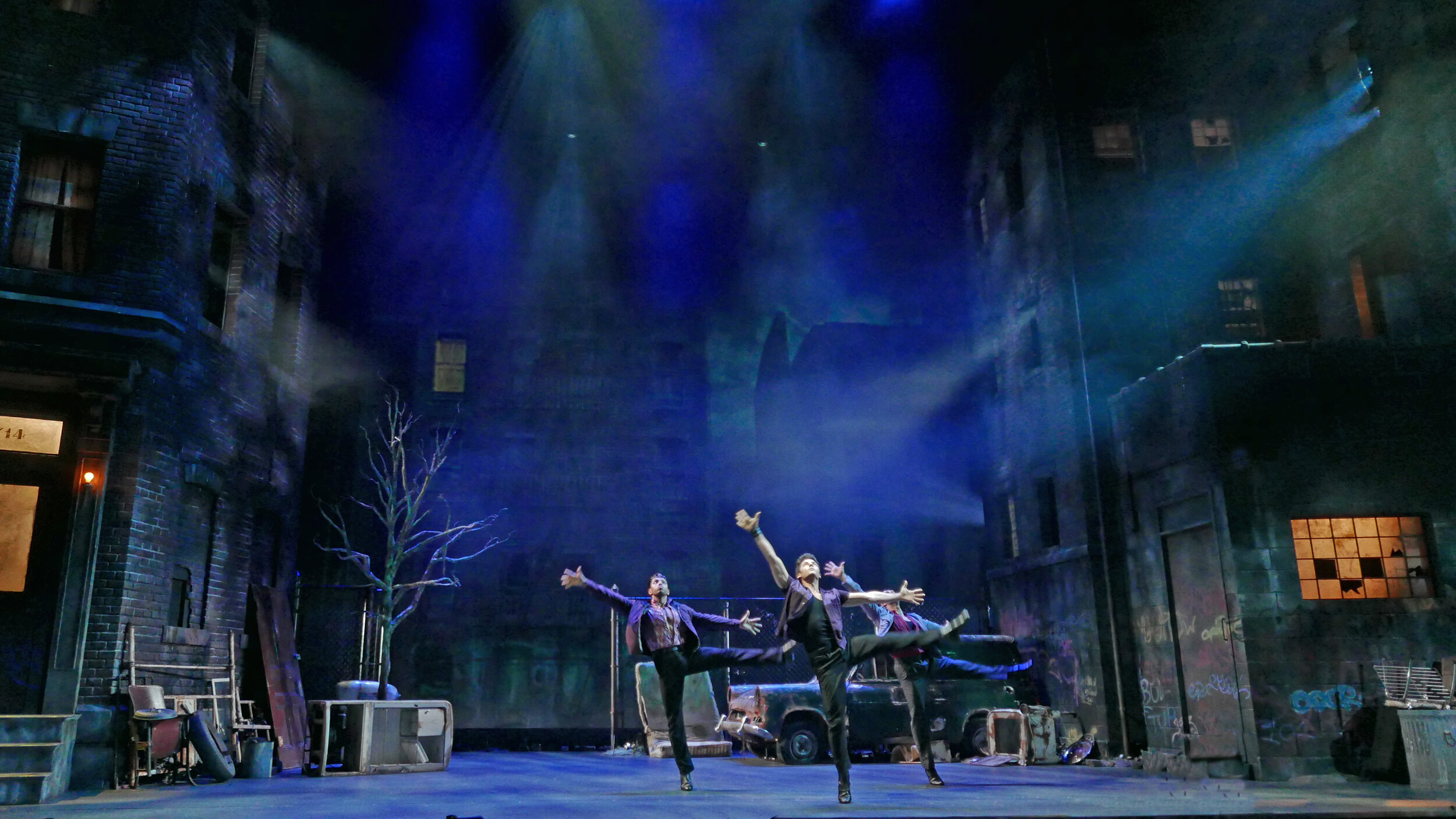 West Side Story - Tokyo 360 Stage Around
