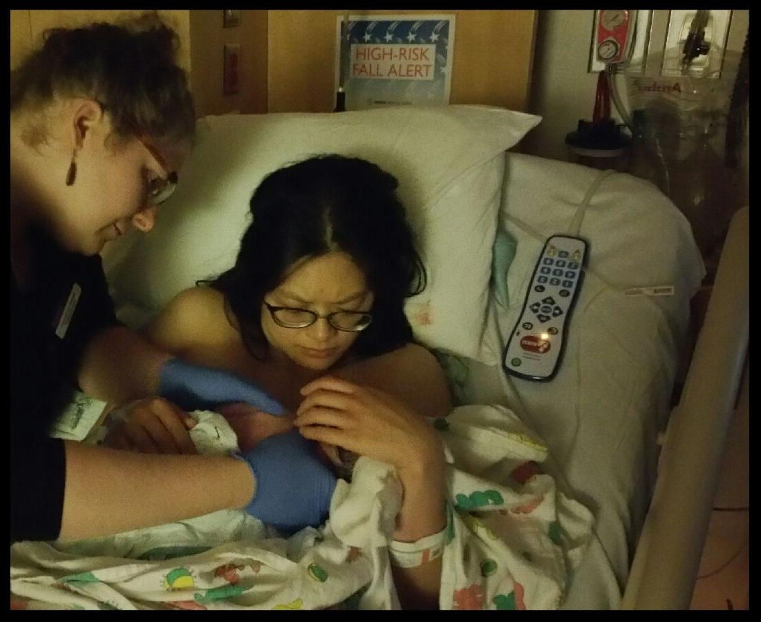 baby breast feedin.jpg