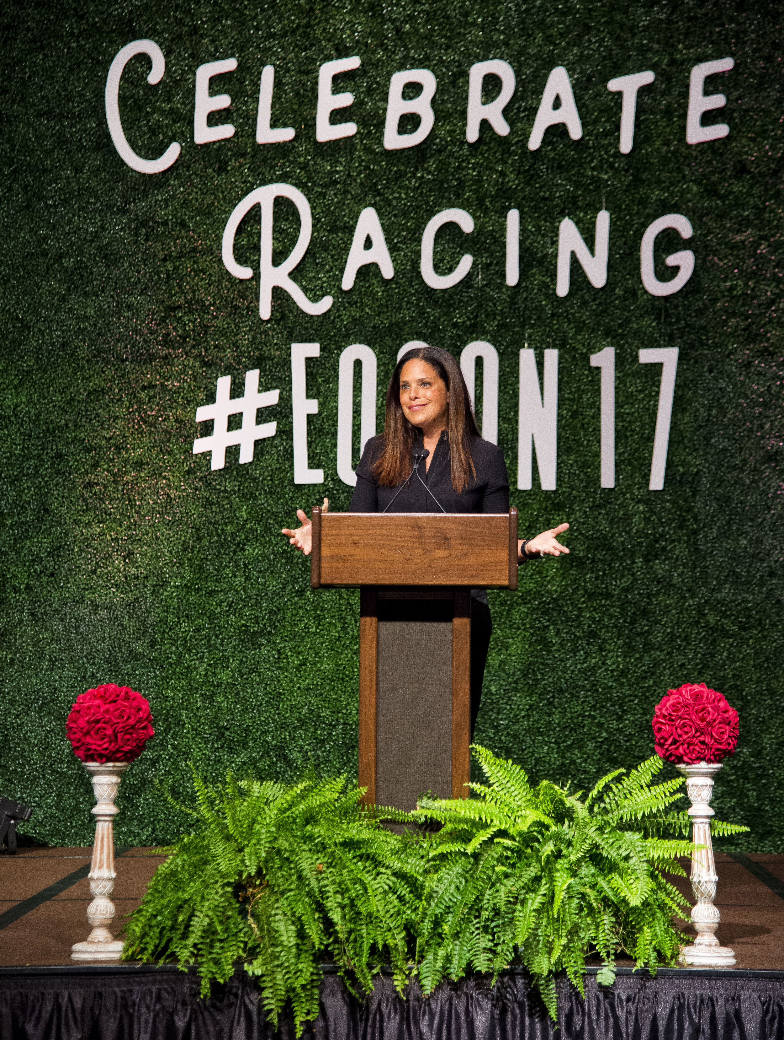 """Soledad O'Brien discusses her experiences with OTTBs as she delivers the """"Aftercare Keynote"""" at Equestricon 2017 (Eclipse Sportswire)"""