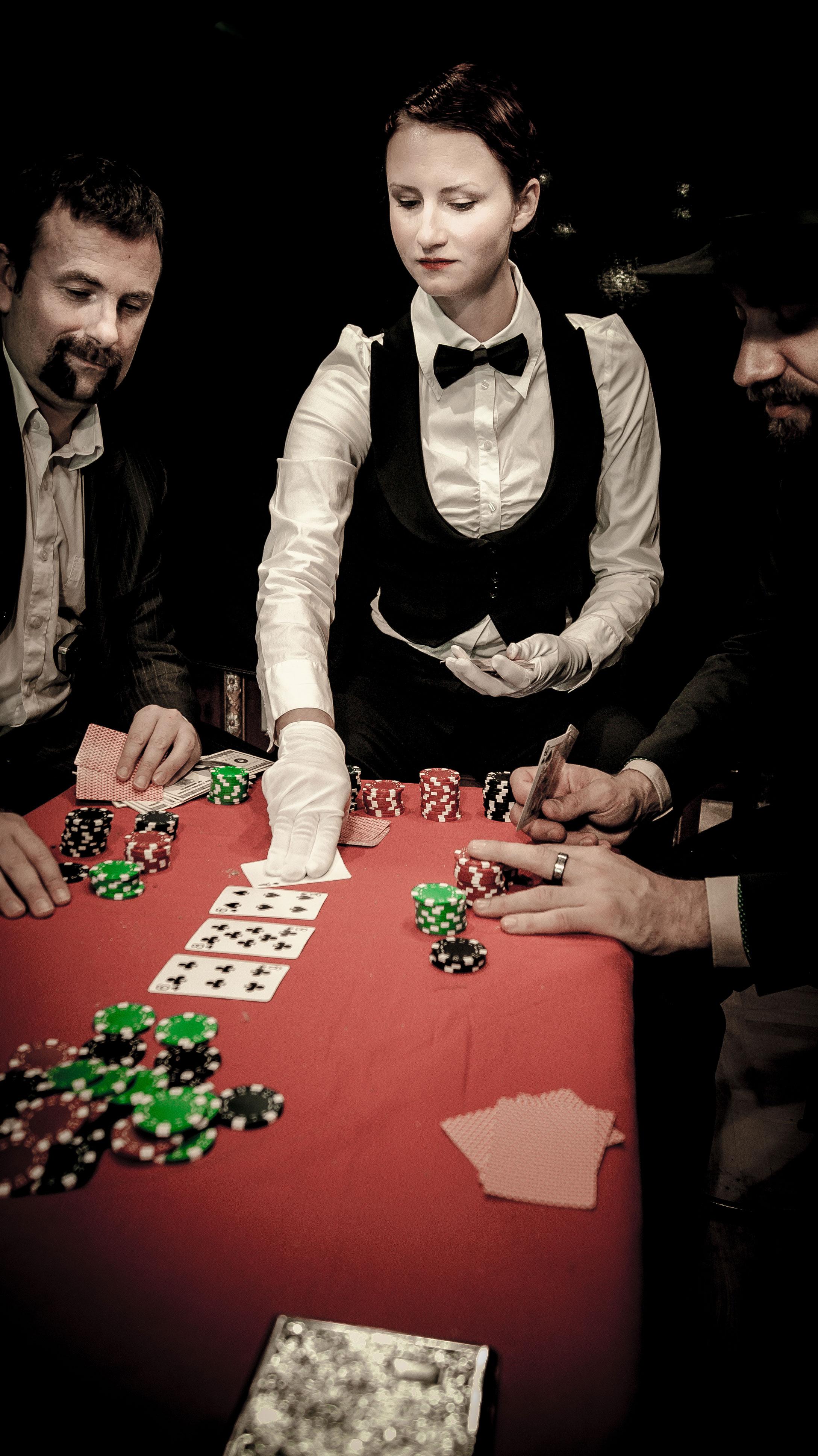 Famiglia Bonifacio: Casino Fortuna Photo:  Tomislav Jeffrey Jemrić