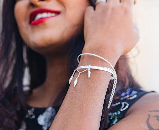 Souriez c'est dimanche 😊  Une belle journée à vous toutes ! . Model: @sushmabrelle ;) . . . . . #instajewelry #daily #fashionblogger #unique #glamour #love #gift #stvalentin #thomassabo #sparkle #sparkles #swissfashion #swissgirl #swissmodel #fashionweek #fashionweekparis #luxembourg #igersparis #fashionistastyle