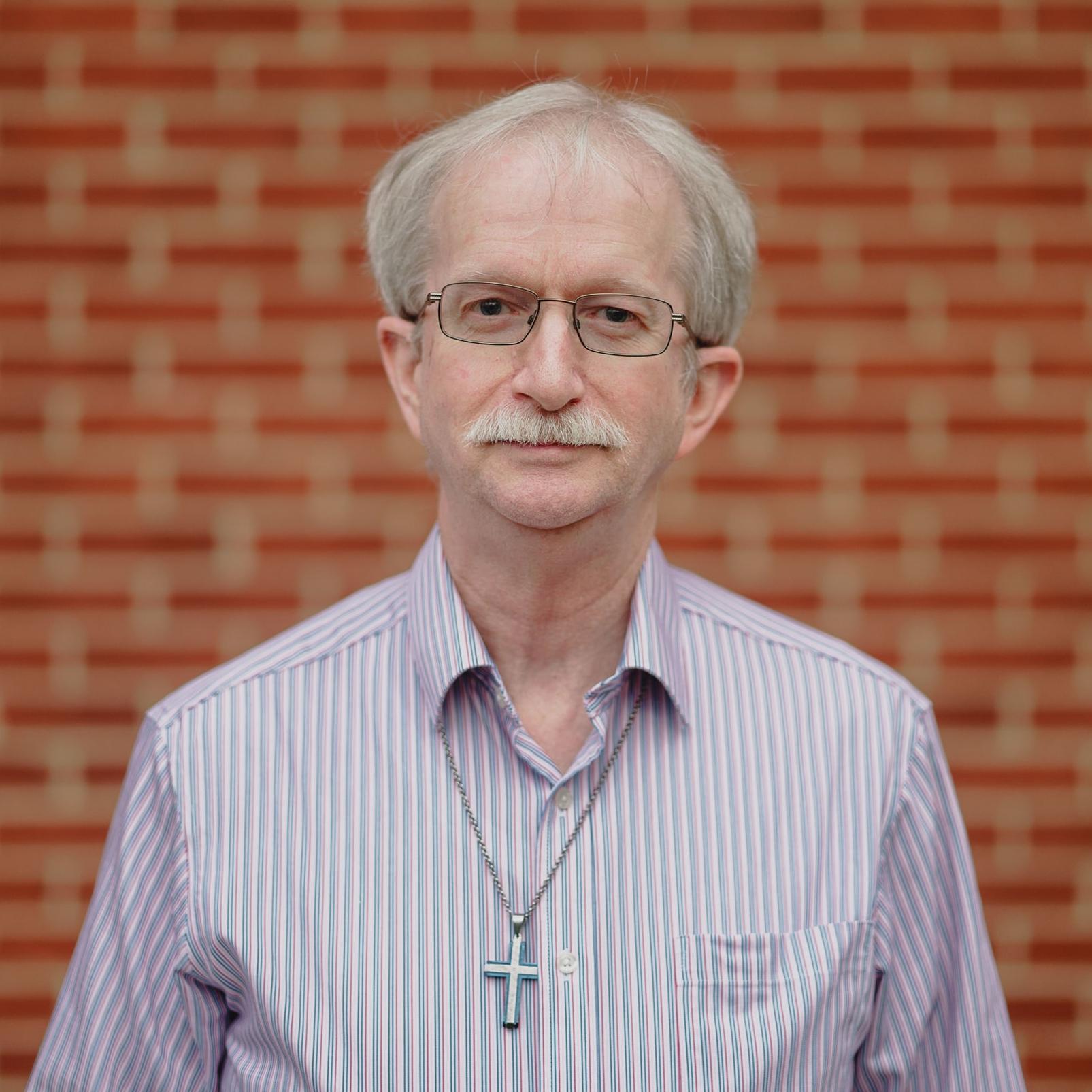 Bill BennettIT/AV Tech - wbennett@fbcwoodbridge.org