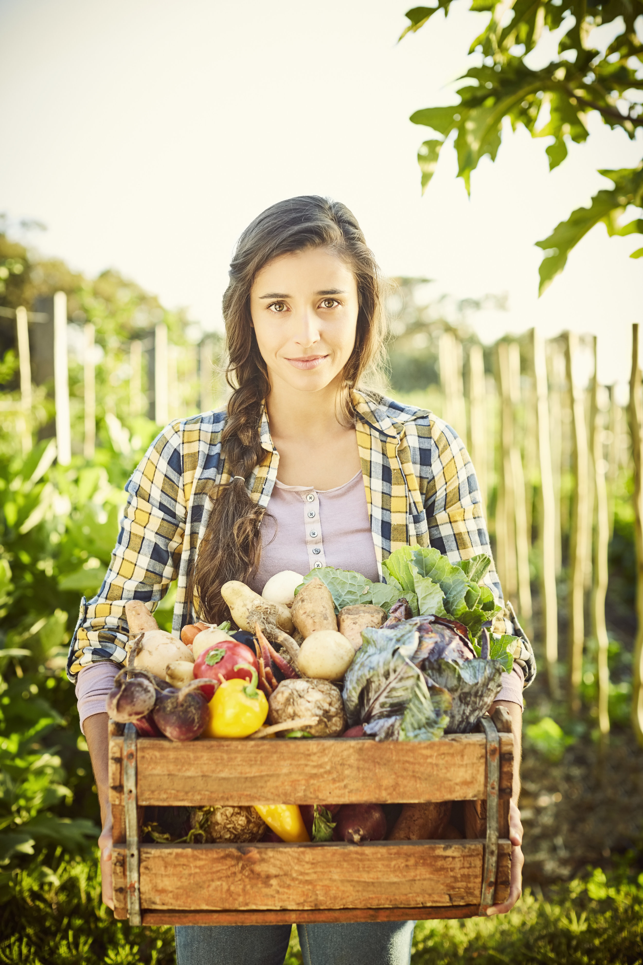 Frau mit Gemüse.jpg