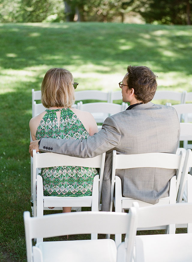 guests waiting for outdoor ceremony to begin