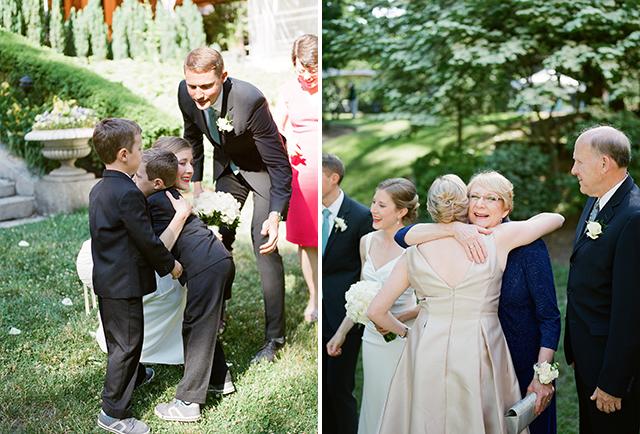 receiving line hugging photos - Sarah Der Photography