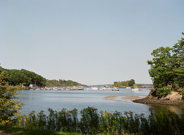 coastal maine wedding site with waterfront ceremony - Sarah Der Photography