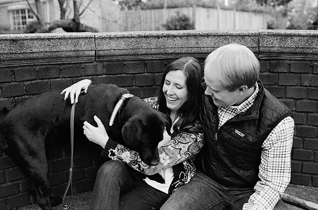 ideas for including your puppy in your photos