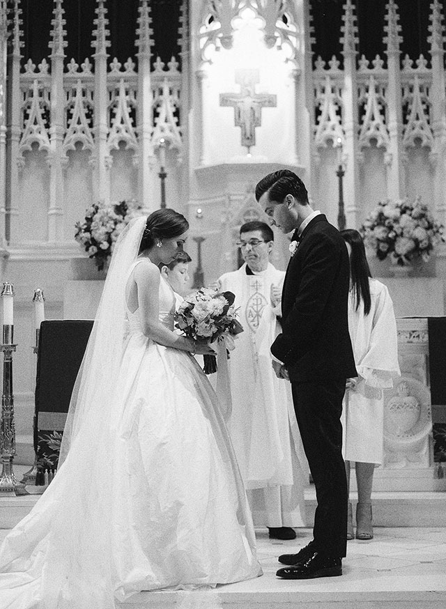 downtown Philly church wedding by Sarah Der Photography