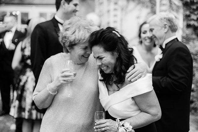 Candid wedding day imagery by Sarah Der Photography