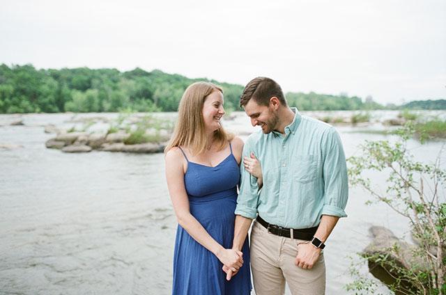 Reedy Creek engagement session on film  - Sarah Der Photography