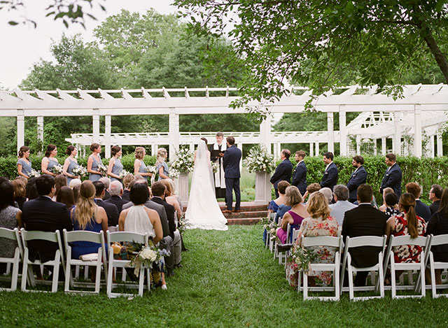 outdoor wedding venue in pittsboro, nc - Sarah Der Photography