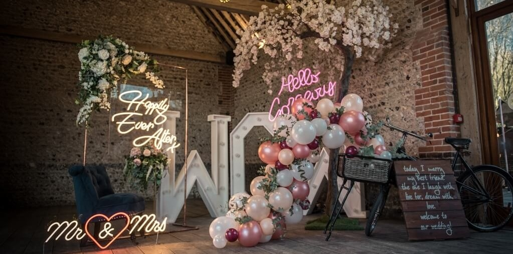 Wedding Neon Sign wedding neons wedding balloons vintage bicycle