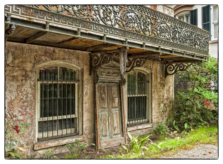 21_Antique door_web.jpg