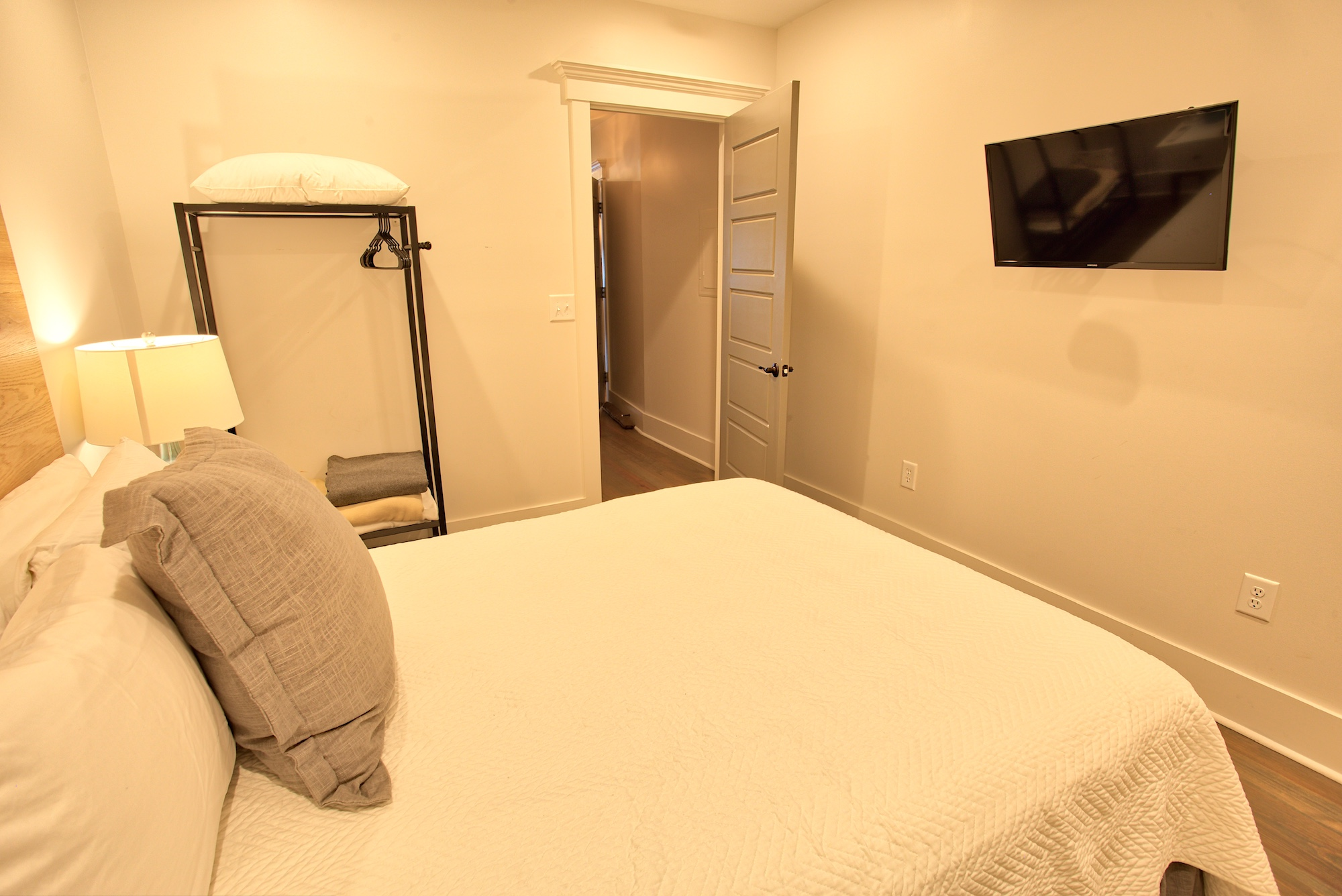 Suite on King Street Charleston SC Vacation Rental The Ashley Suite7.jpeg