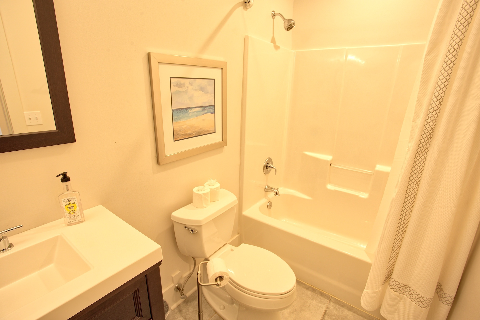 Suite on King Street Charleston SC Vacation Rental The Battery Suite14.jpeg