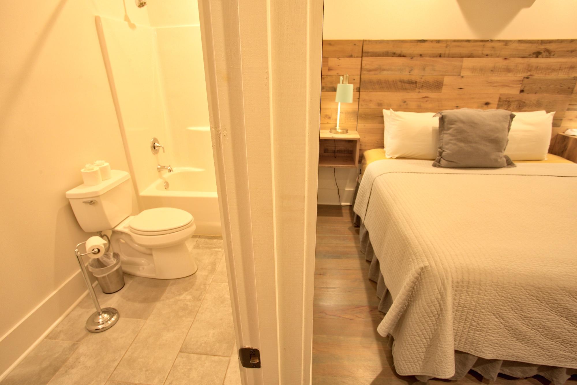 Suite on King Street Charleston SC Vacation Rental The Drayton Suite.jpeg