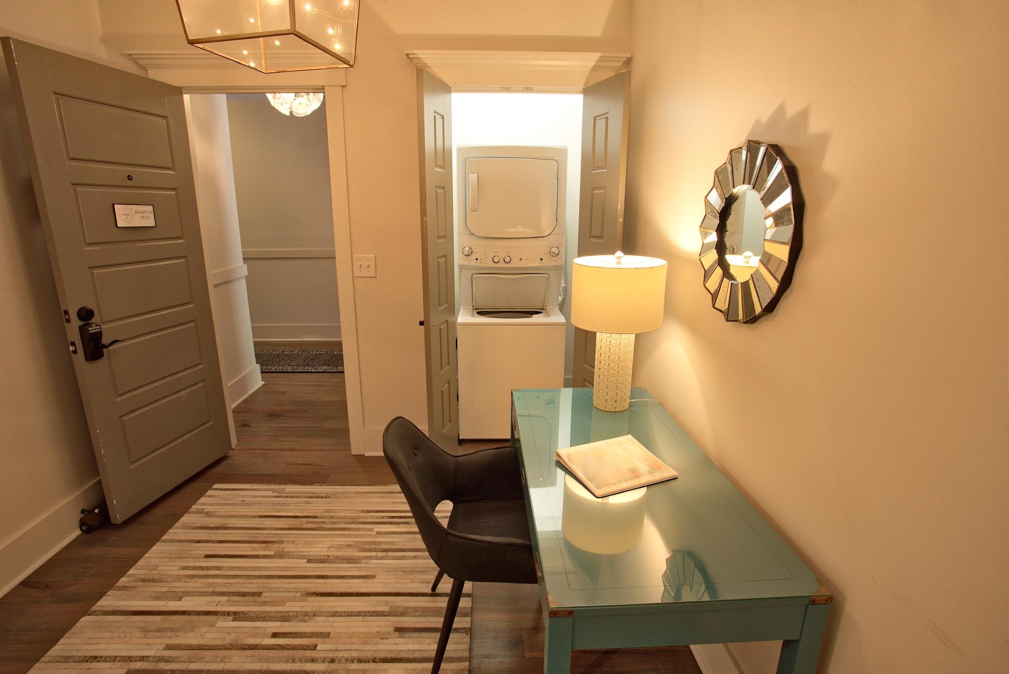 Suite on King Street Charleston SC Vacation Rental The Hampton Suite5.jpeg