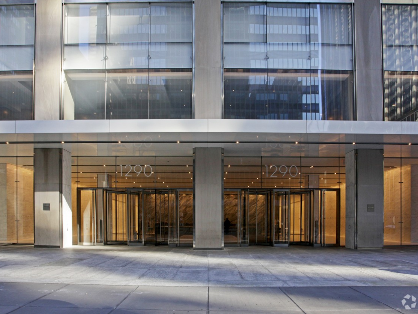 1290 Avenue of the Americas Entrance.PNG