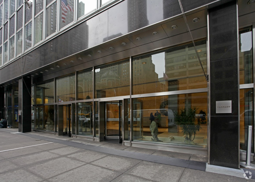 350 Park Avenue Entrance.PNG