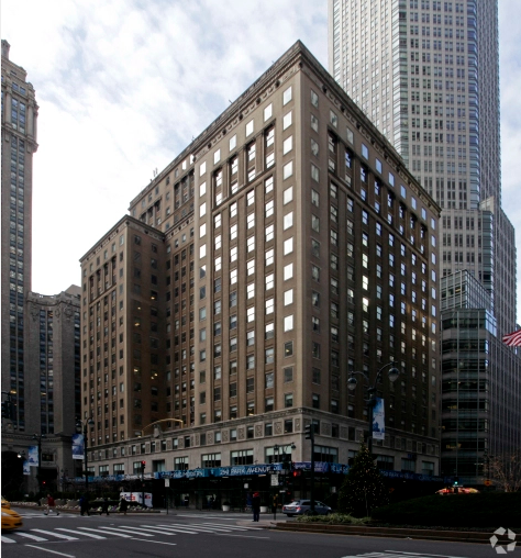 250 PARK AVENUE. PHOTO: COSTAR GROUP