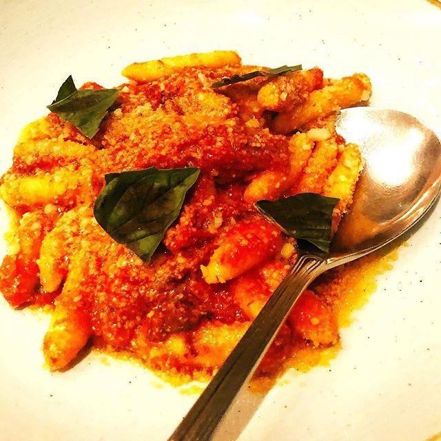 Sunday Spaghetti 🍝 Gluten Free gnocchi with wild boar ragu @cafespiaggia . . . . . #sundaysupper #glutenfree #pastamania #whatsbreadgottodowithit #glutenfreerestaurant #chicagofoodmag #foodporn #imalwayshungry