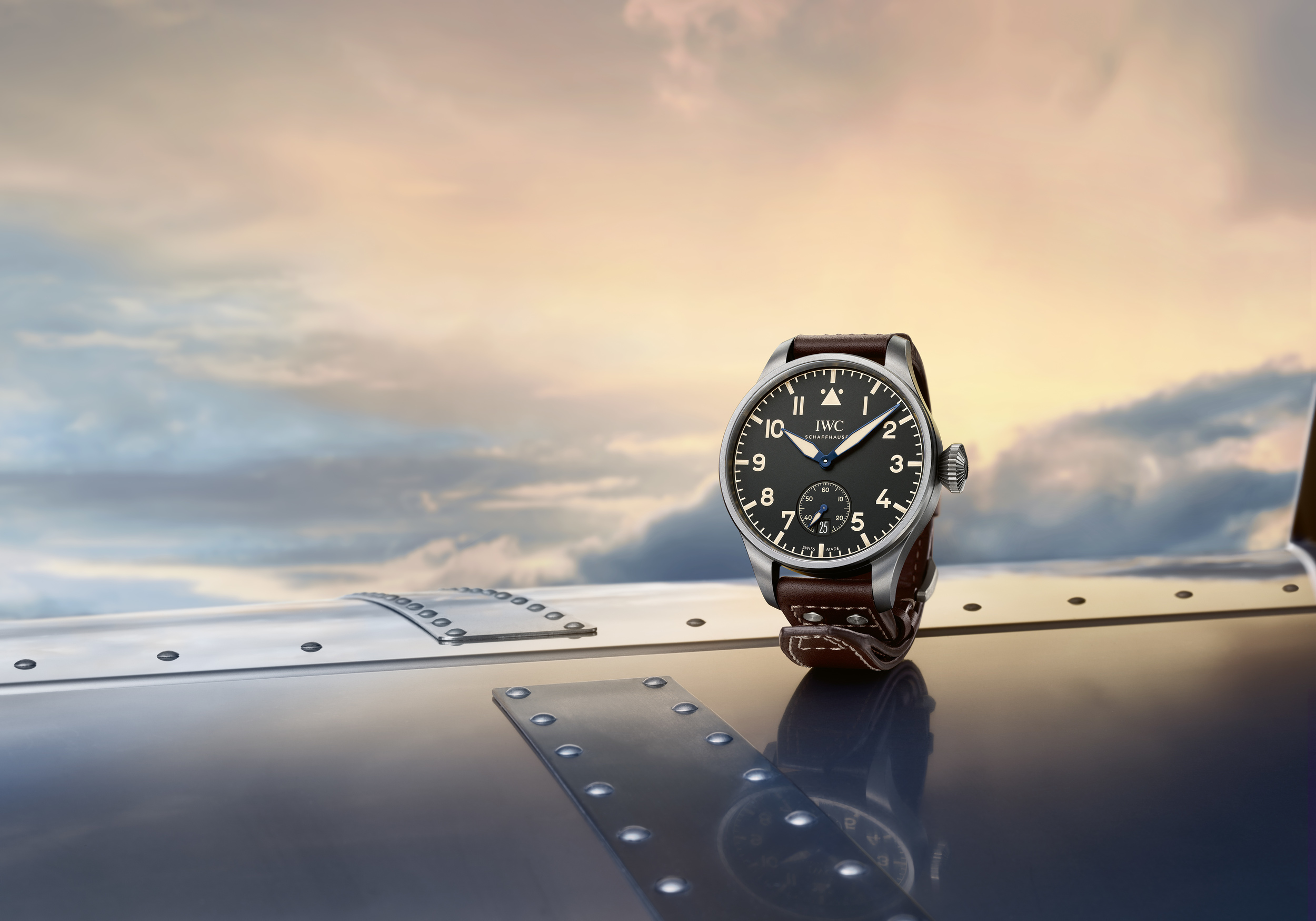 06_IWC_IW510301_Big_Pilot_s_Heritage_Watch_48_Mood.jpg