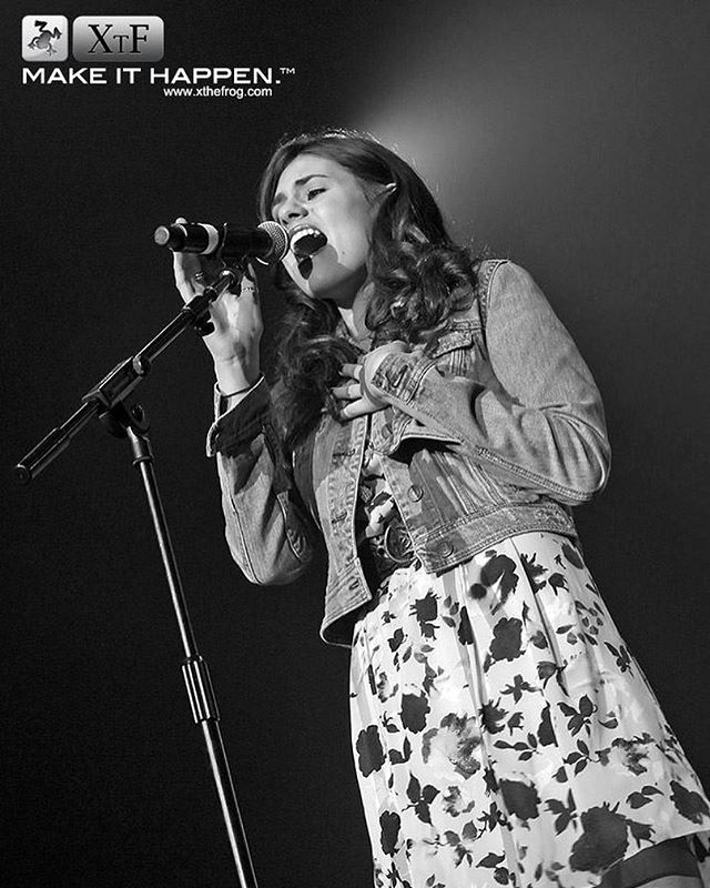 Seven years today since I sang at the International Festival of Country Music in the UK! 🇬🇧✨ @ssearena