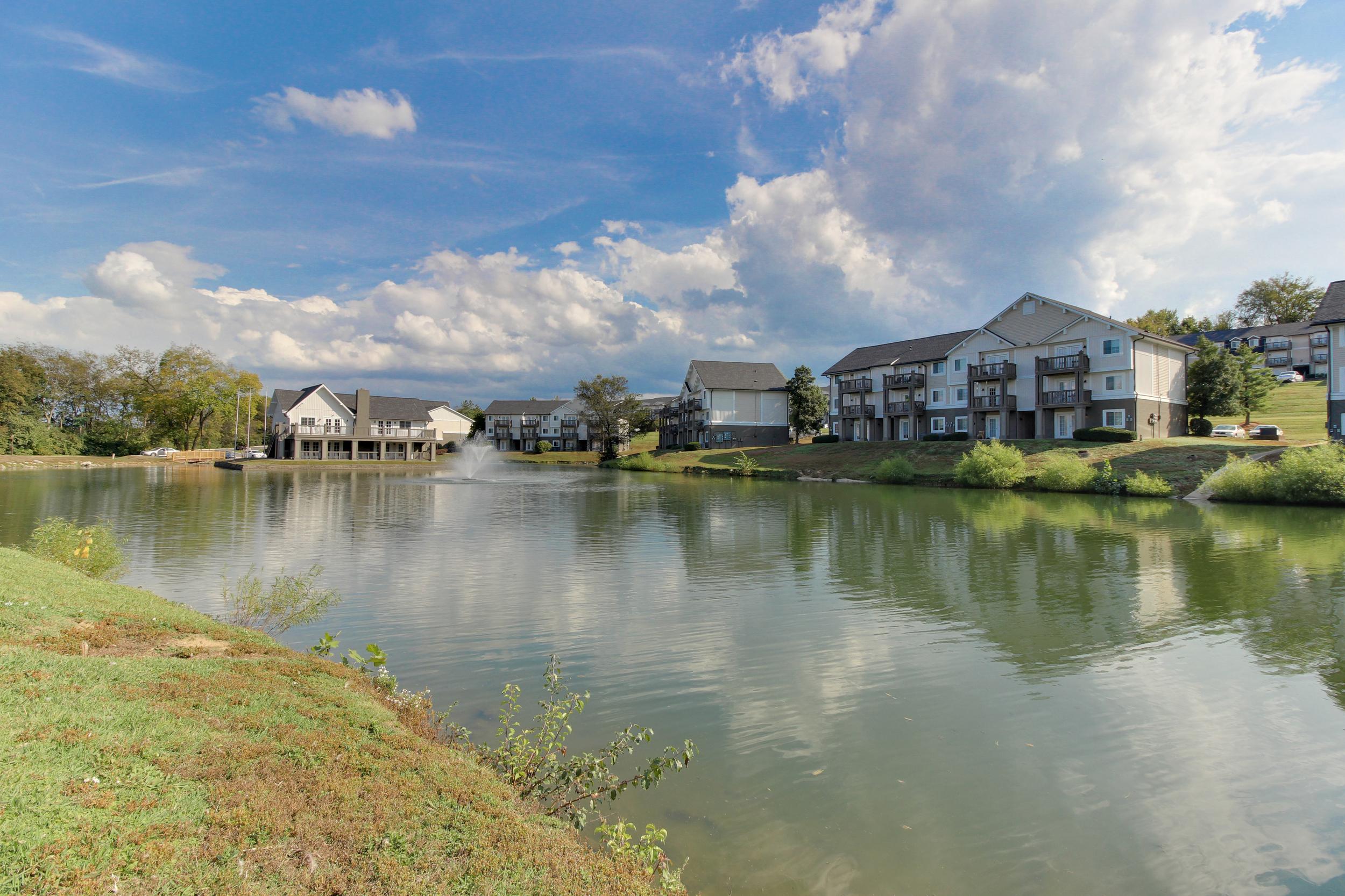 Hickory Lake Nashville Exterior 19.jpg