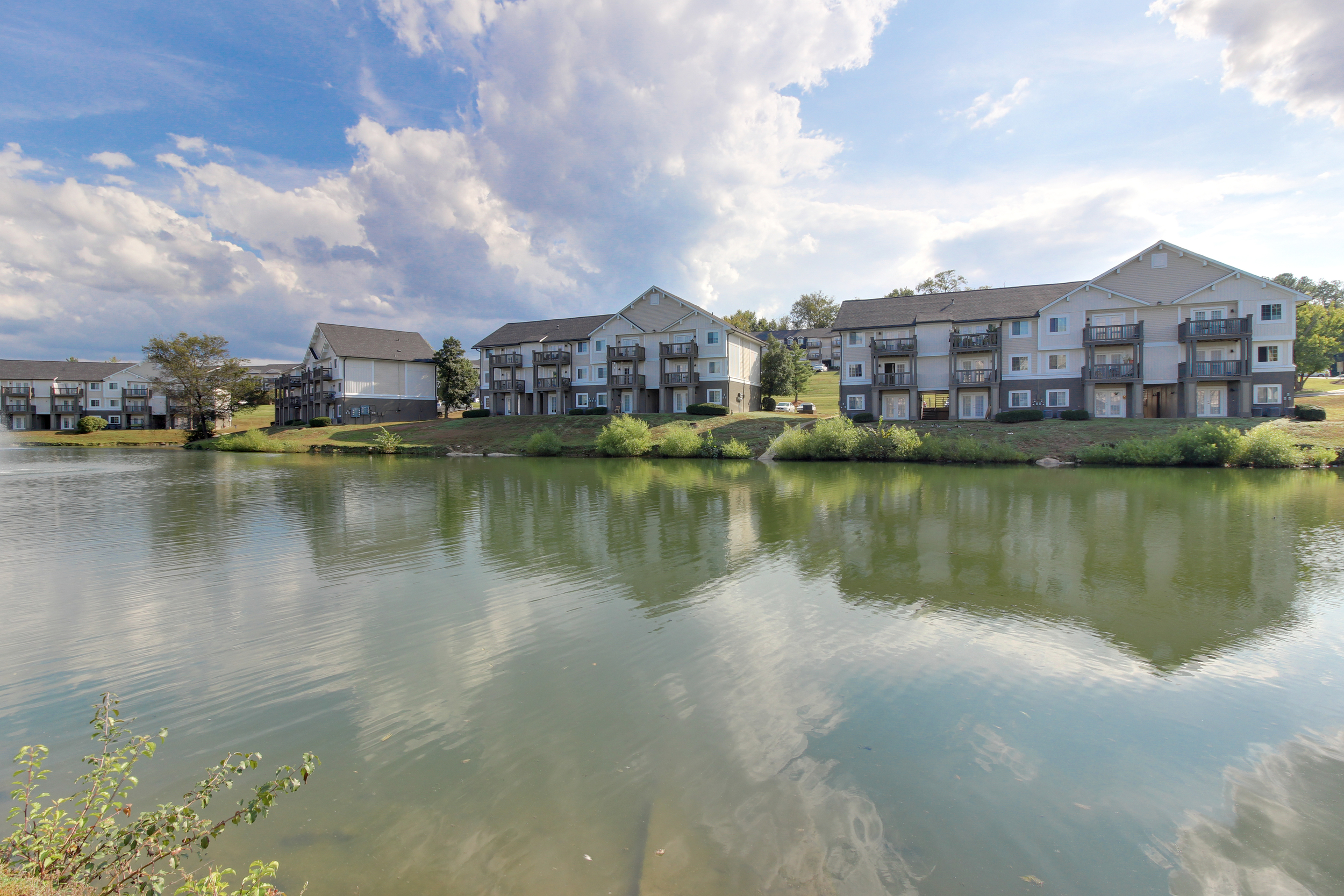 Hickory Lake Nashville Exterior 20.jpg