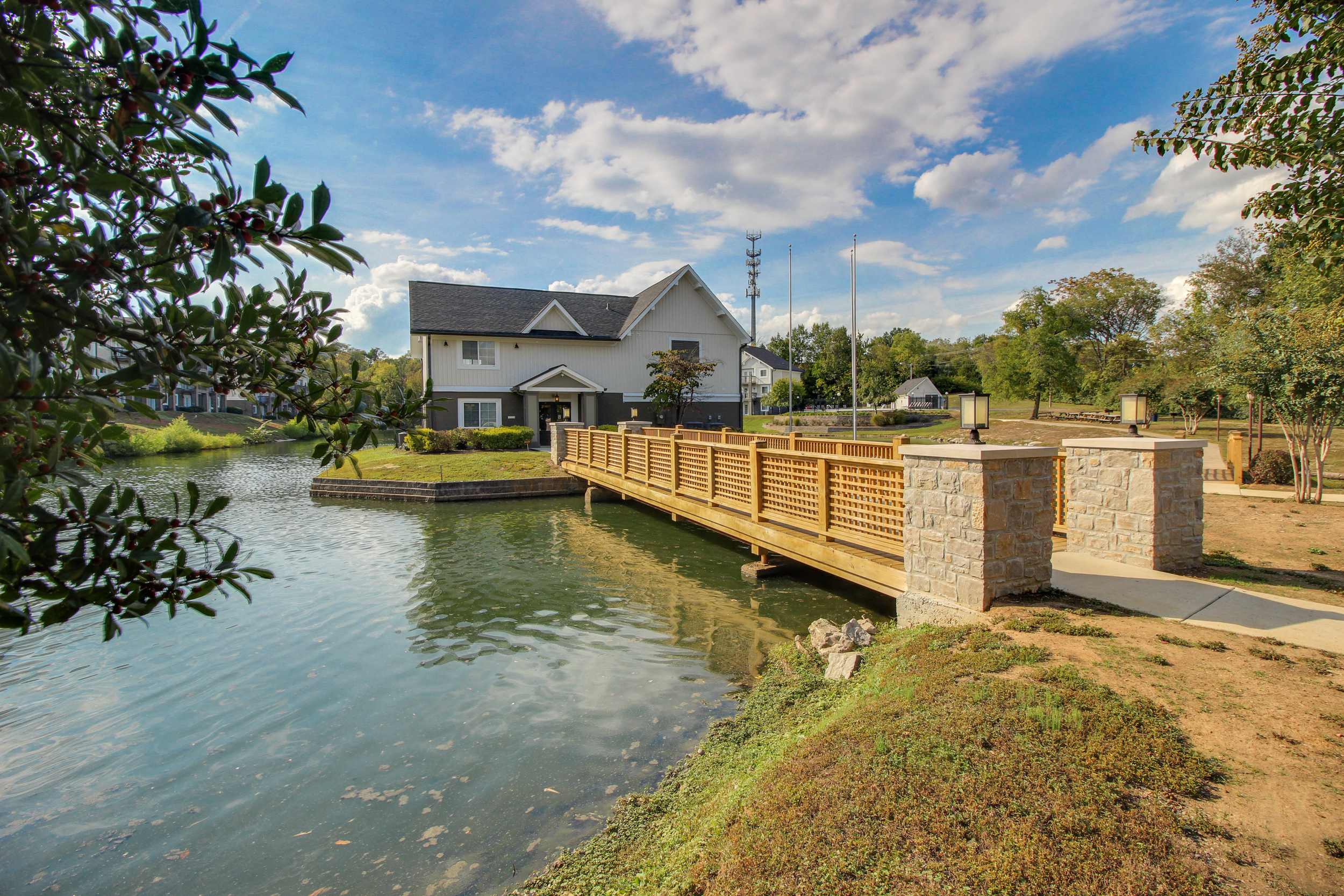Hickory Lake Nashville Exterior 27.jpg