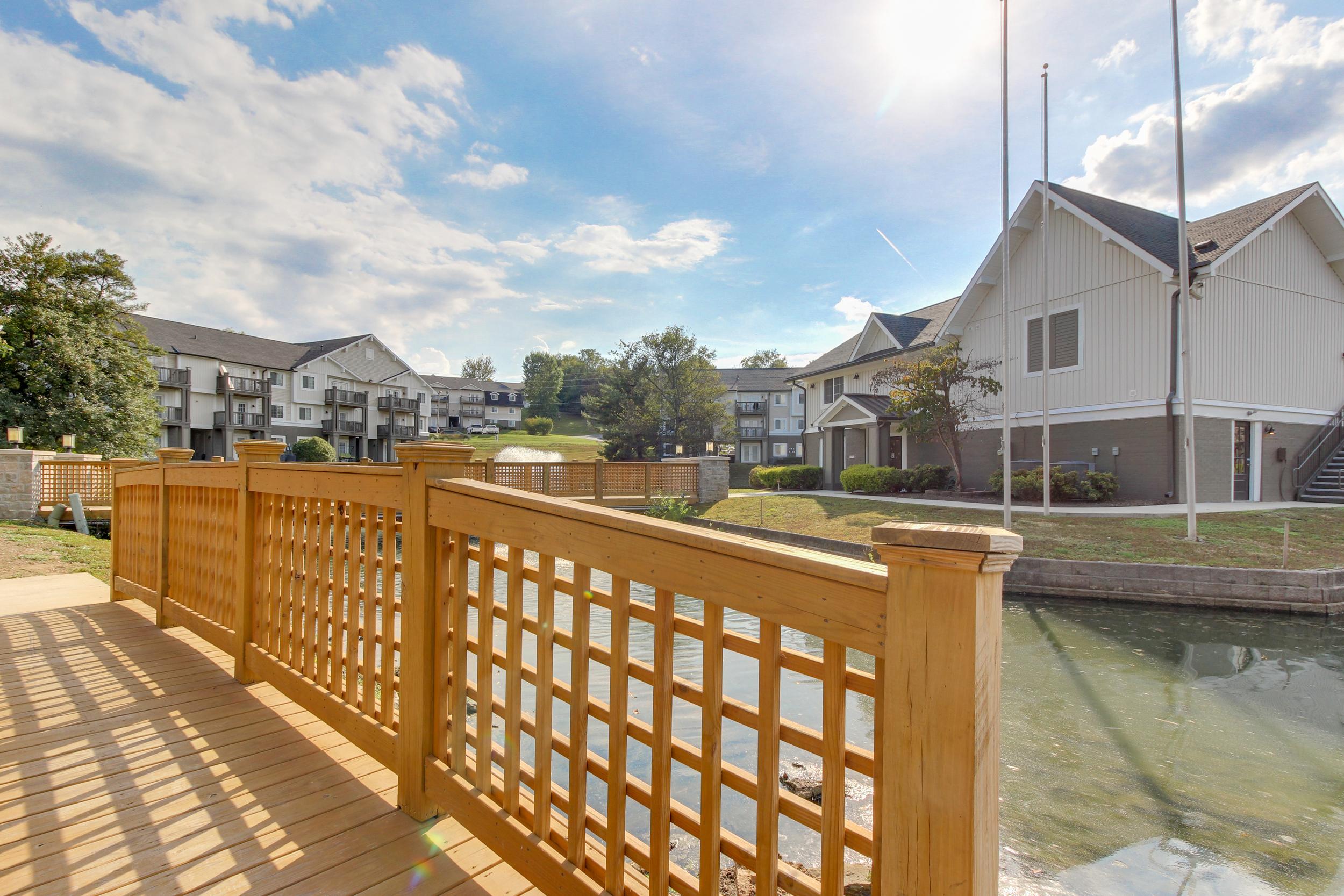 Hickory Lake Nashville Exterior 30.jpg