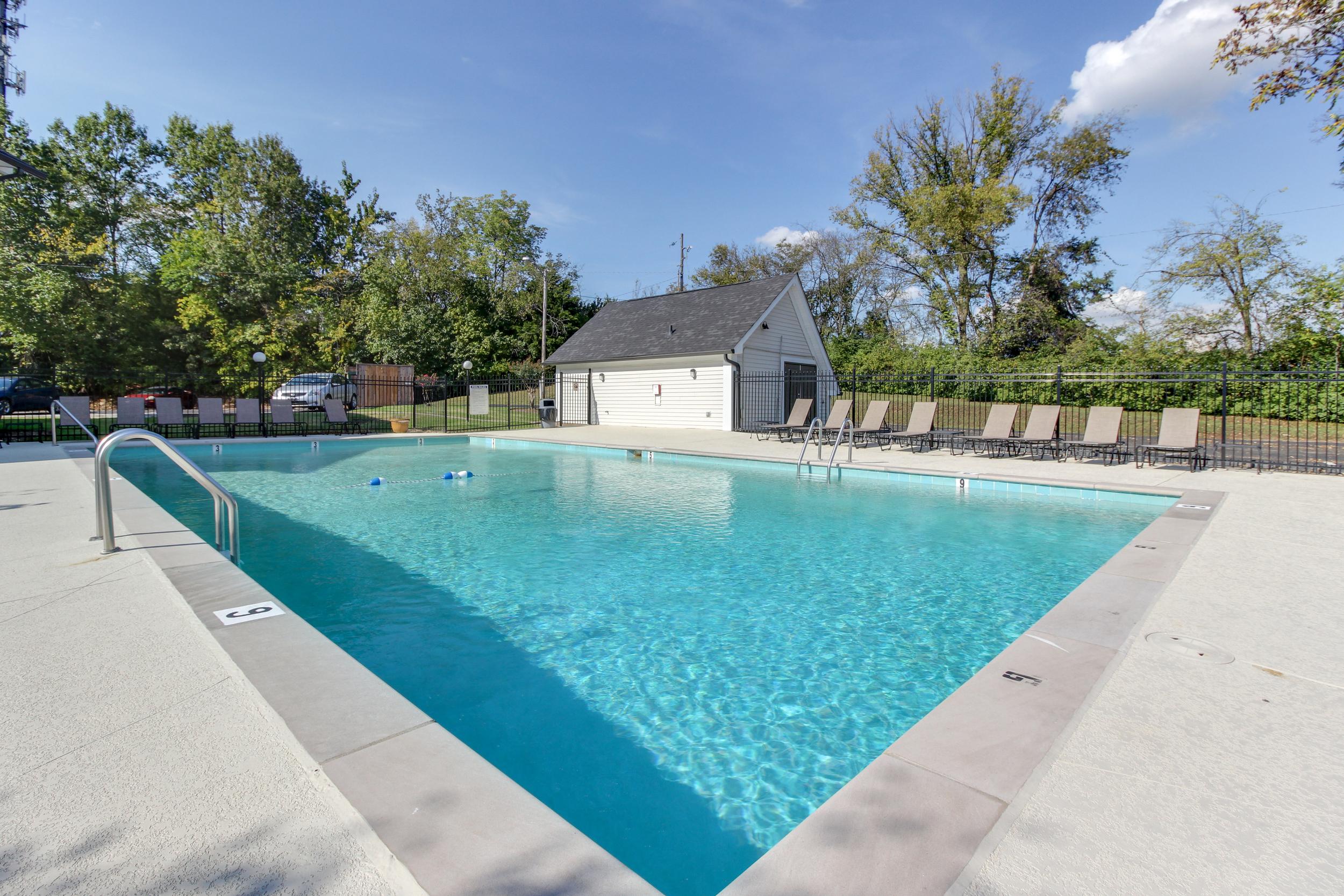 Hickory Lake Nashville Pool 1.jpg