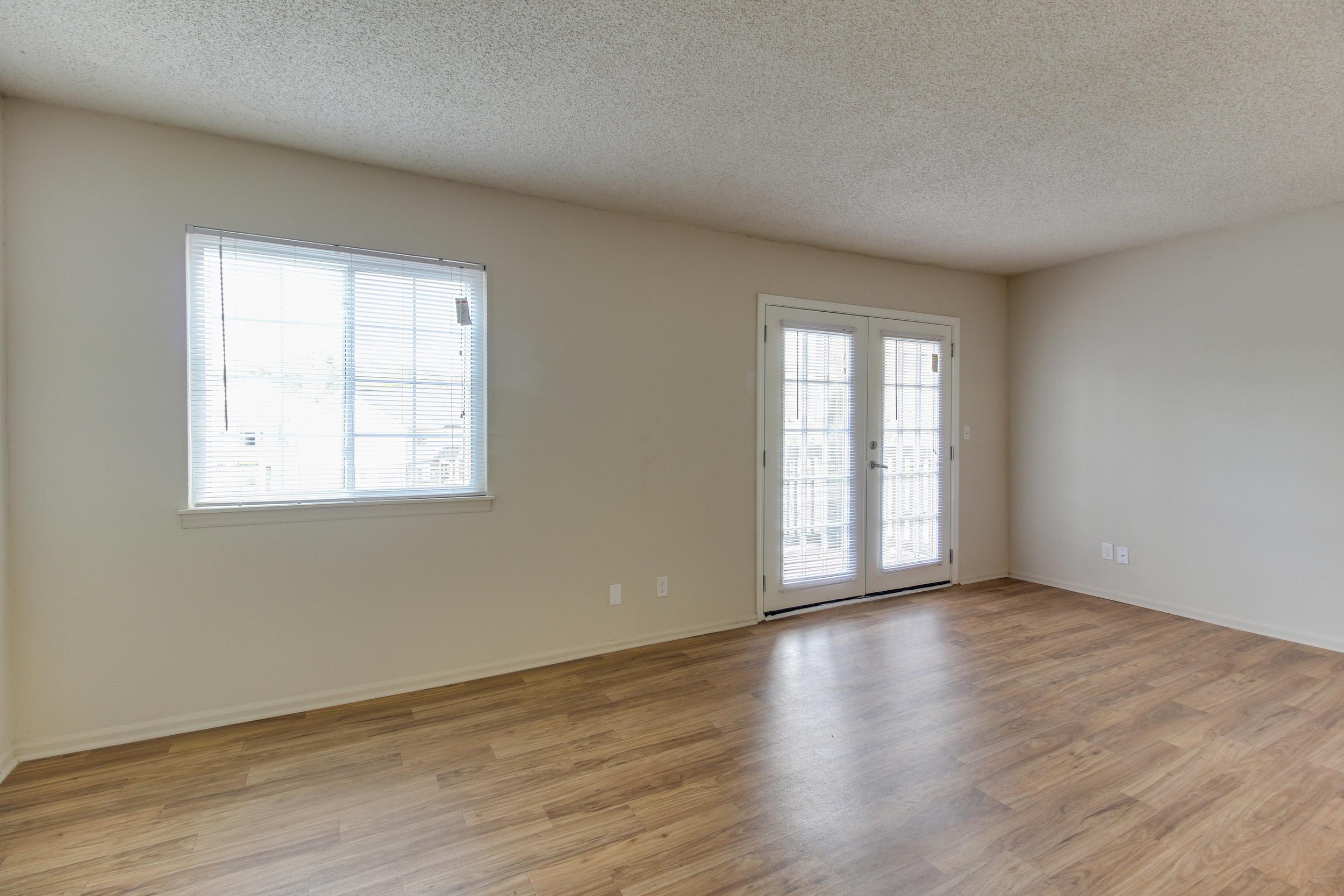 Hickory Lake Nashville Living Room 3.jpg